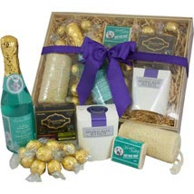 PAMPER HAMPER: Send Gifts to Canberra