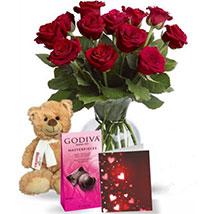 Chocolatey Teddy: Valentines Day Flowers to Canada