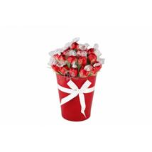 Love Sweet Bouquet: Send Gifts to Finland