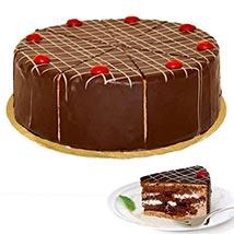 Dessert Blackforest Cherry Cake: Gifts to Frankfurt