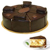 Dessert Pyramid Cake: Gifts to Frankfurt