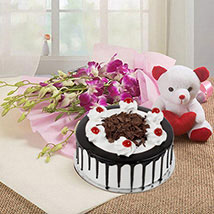 You are Always Special: Cake with Bouquet