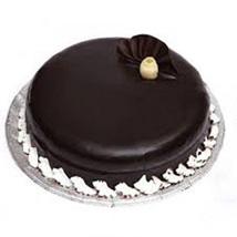 Scrumptious Chocolate Truffle Cake: