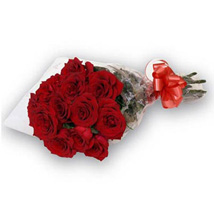 Bunch of 12 Red Roses OM: Valentines Day Gifts to Oman