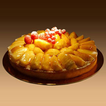 Apple Tart: Send Cakes to Sharjah