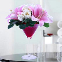 Enchanting Glory: Rose Day Gifts