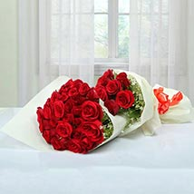Exclusive Bouquet Of Roses: Valentine Flower Bouquets to UAE