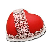 Heart Shaped Full Cake: Valentines Day Gifts for Her