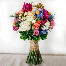 Lethal Combination: Send Birthday Flowers to UAE