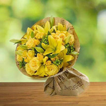 Sunshine love: Roses Delivery in UAE