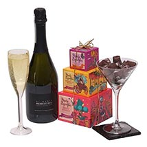 Night In For Her: Gift Hampers to UK