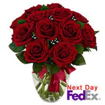 12 stem Red Rose Bouquet: Friendship Day Flowers USA