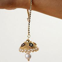 Elegant Lumba Bracelet: Send Rakhi to Pittsburgh