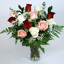 Forever Yours: Send Christmas Flowers to USA