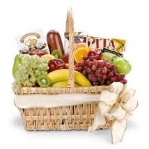 Gourmet Fruit Basket: Mothers Day Gift Hampers USA
