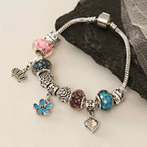 Tinkling Bracelet: Send Gifts to Philadelphia